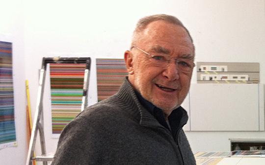 Gerhard Richter in seinem Atelier, 2012, Foto: Dirk Kästel