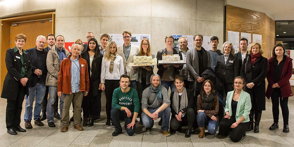Architekturstudenten der TH Köln präsentieren die Siegermodelle des Wettbewerbs für CASA COLONIA, 2016, Foto: Anatoliy Stepanko