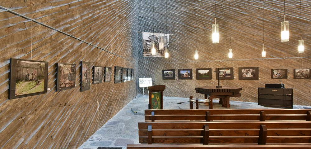 "Ausstellung in der Kulturkirche Ost: Joseph Kiblitisky, ""Weites, unbekanntes Russland"", 2018 // Foto: Bernd Zöllner"
